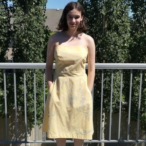 Retro Strapless 50s Pin-Up Style Dress Pockets